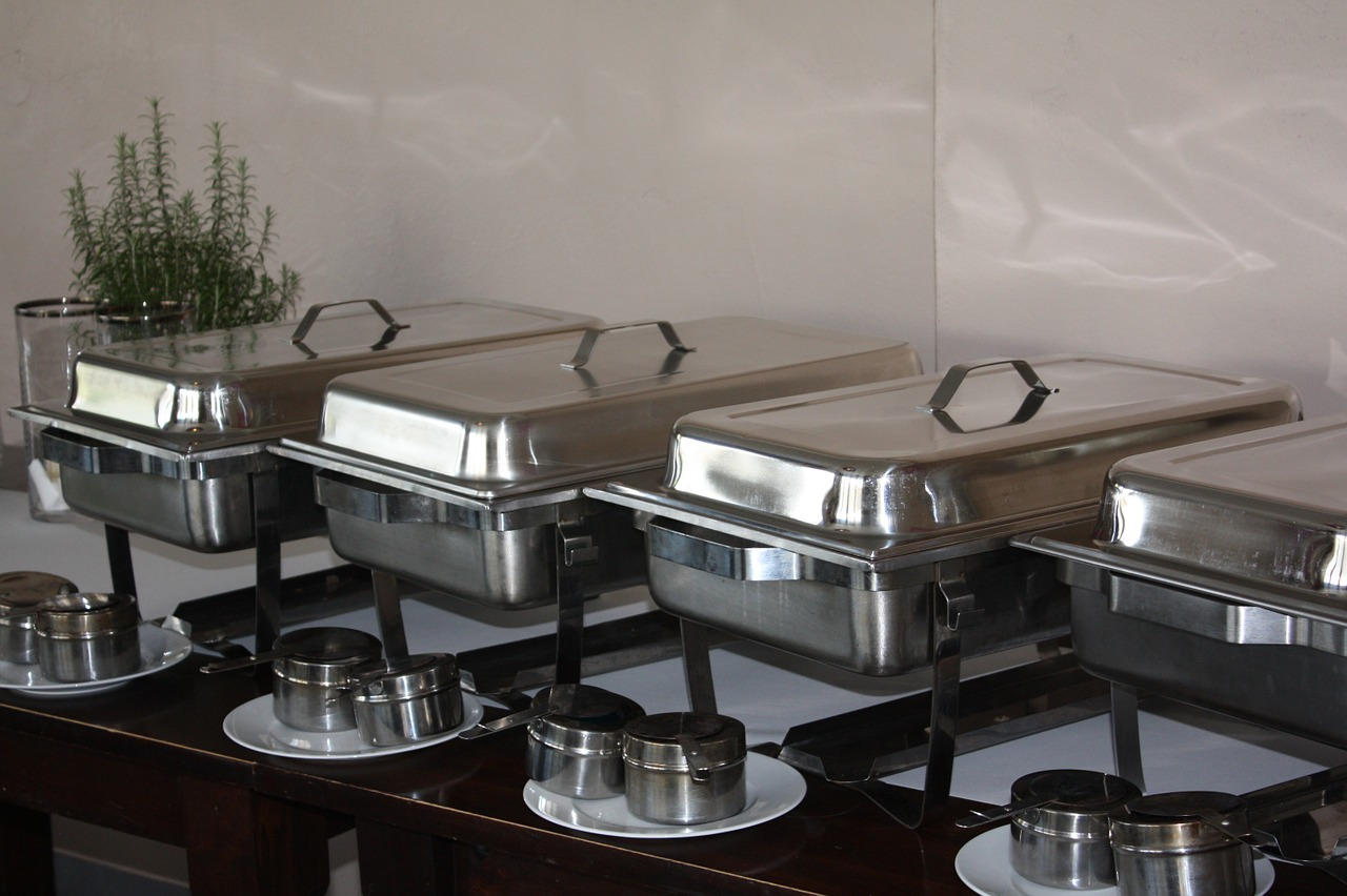 warming-trays-1148240_1280